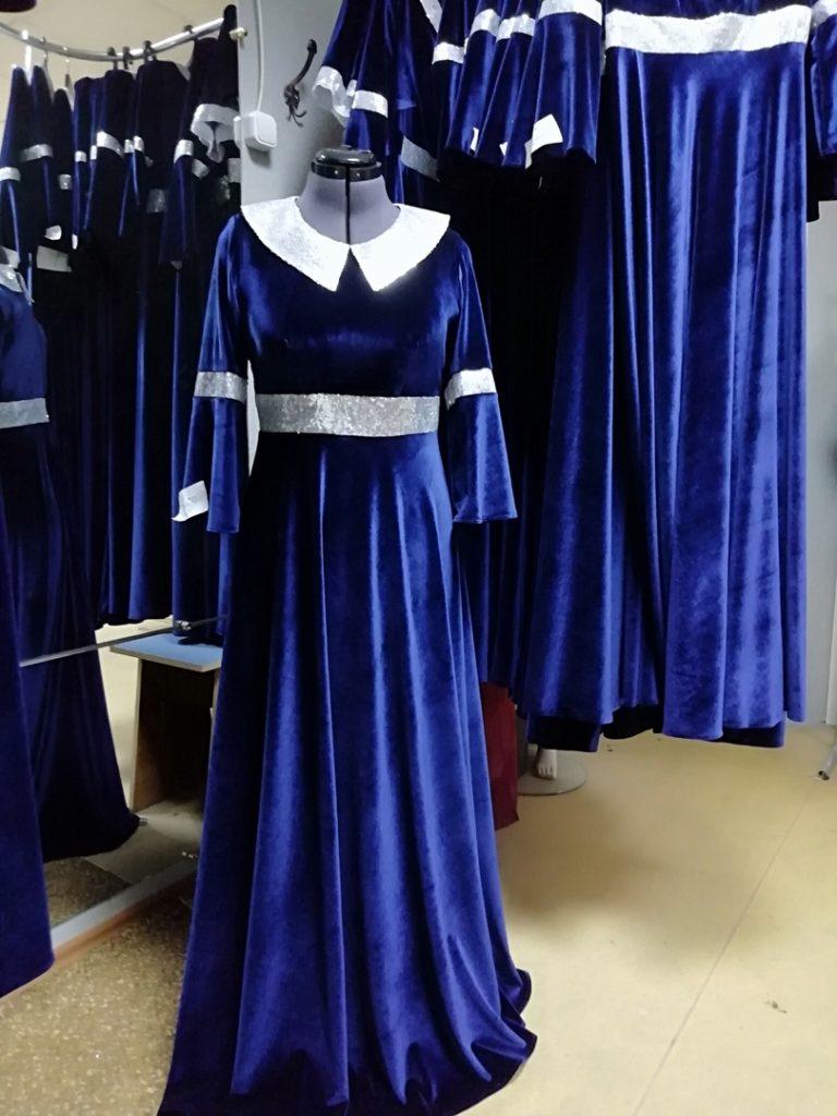 Сценические платья из бархата