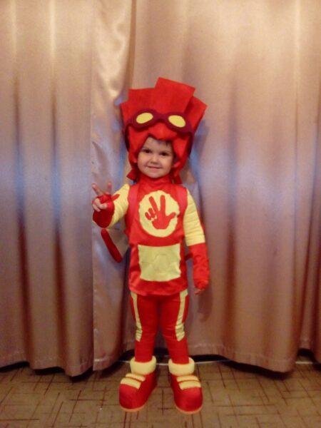 детский костюм фиксика