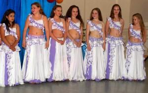 Танцевальные наряды для коллектива девочек