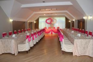 Розовые банты на стулья из креп сатина
