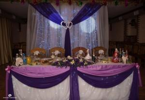 Сочетание сиреневого и фиолетового цвета в украшении свадьбы