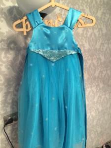 Нарядное платье для девочки из креп сатина