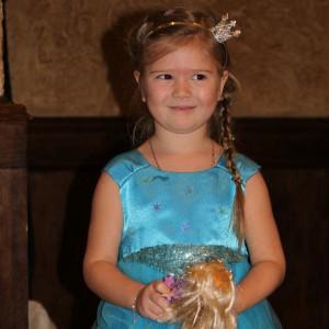 Нарядное платье для девочки из креп сатина и сетки